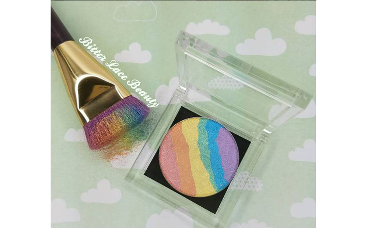 rainbow highlighter iluminador arcoiris 3